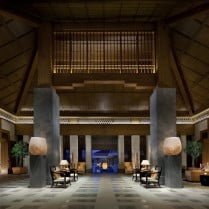 Ritz-Carlton Okinawa Lobby Japan & Luxury Travel Specialist Luxury Travel to Japan Izumi Ogawa Travel Agent Vacation advisor