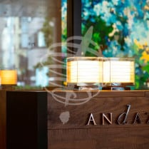 Andaz Tokyo Entrance Lobby Virtuoso Japan and Luxury Travel Specialist Luxury Travel to Japan Izumi Ogawa Travel Agent Vacation advisor